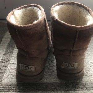 UGG Shoes - Classic Ugg Sheepskin Boots